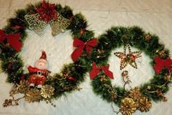 новогоднее украшение венок